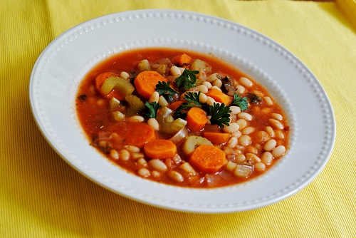 Bean soup (Fasolada)